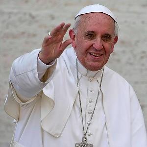 Il Papa a Napoli il 21 marzo. L'annuncio del cardinal Sepe dopo il miracolo di San Gennaro