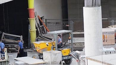 Un morto nel cantiere della metro  incidente sul lavoro in piazza Municipio