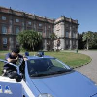 Vertice Bce a Napoli, agenti con