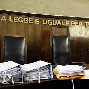 Giustizia incredibile: 80 anni per accertare la proprietà di un terreno in Campania