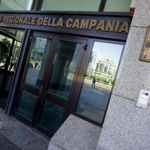 """Campania, maglia nera in Europa: """"E' la regione peggio amministrata"""""""
