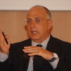 Marco De Marco nuovo direttore delle testate della Scuola di giornalismo del Suor Orsola Benincasa - 183203774-4c0988f5-a5ff-4c98-ab7b-87455ba35d02