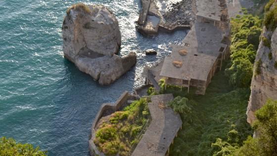 Ecomostro di alimuri il 30 novembre sar abbattuto in 12 for Separa il golfo di napoli da quello di salerno