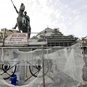 "De Magistris: ""Monumenti da recintare"""