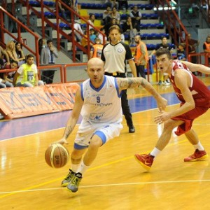 """Napoli Basket, aria di smobilitazione: """"Ma la società andrà avanti"""""""
