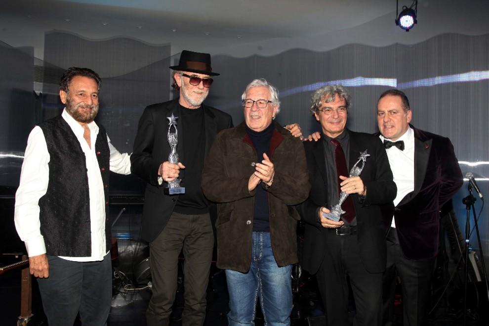 Peppino Di Capri premia De Gregori e Martone