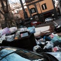 """Napoli, 200 spazzini """"malati"""" nella notte di Capodanno"""