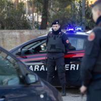 Foglianise, donna trovata morta in casa: caccia a un uomo
