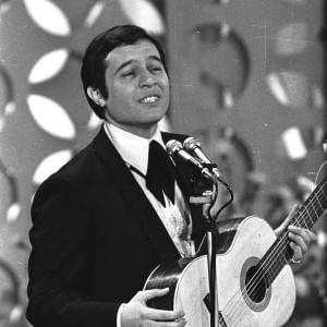 """Gli ottant'anni di Fred Bongusto, il crooner """"doce doce"""""""