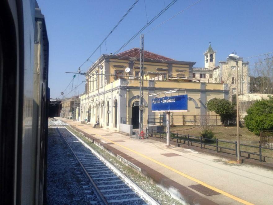 Torna la linea ferroviaria metropolitana tra Pozzuoli e Castellammare