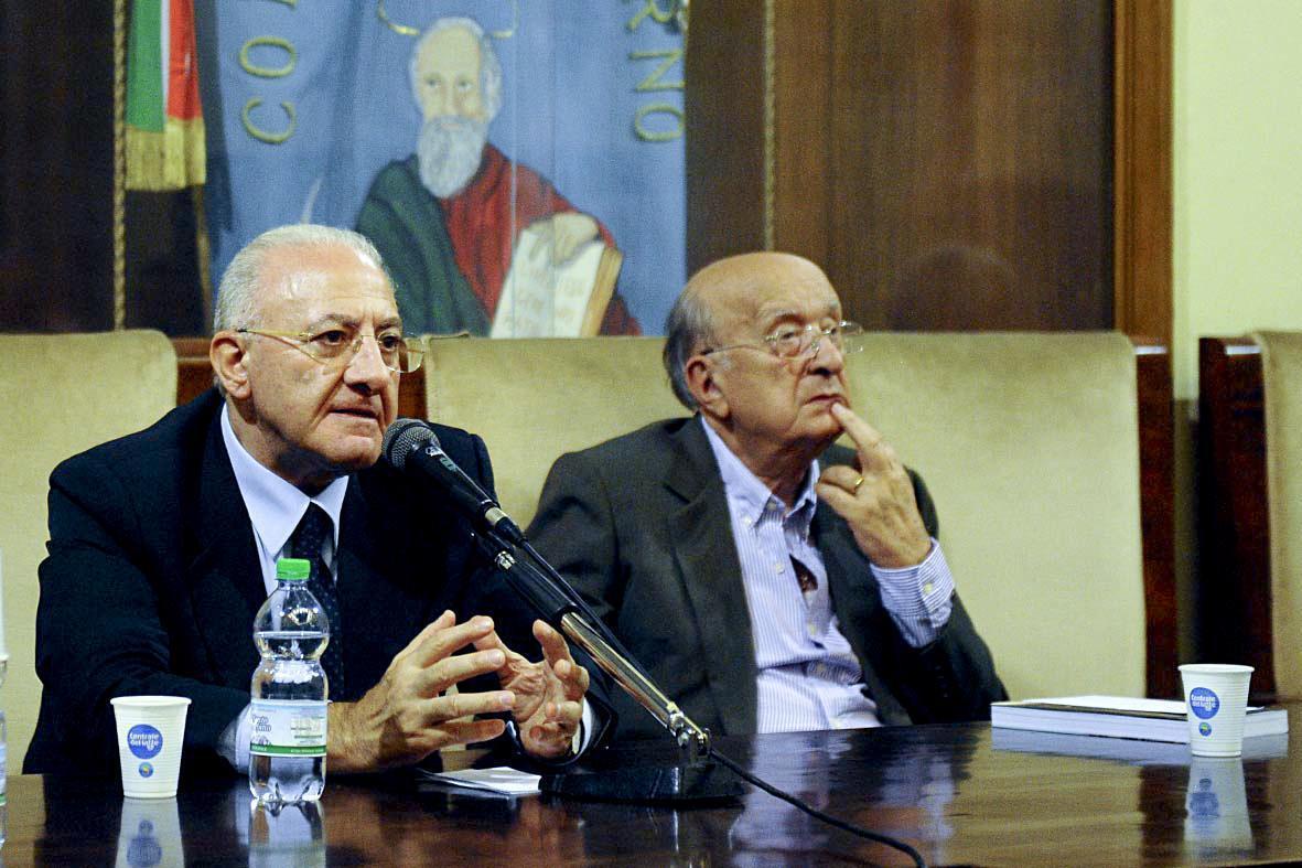 Il patto Nusco-Salerno De Mita, Udc e destra alleati con De Luca