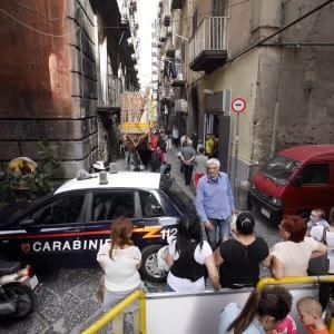 Napoli, maresciallo dei carabinieri uccide moglie e figlio di 11  anni poi si toglie la vita