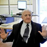 De Luca: 'Seguo la linea di Renzi, non temo i voti di destra: mica son tutti camorristi'