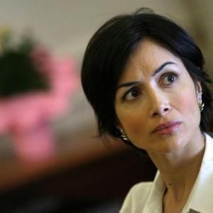 """Mara Carfagna attacca Corrado Gabriele: """"De Luca candida un condannato per violenze su minori"""""""