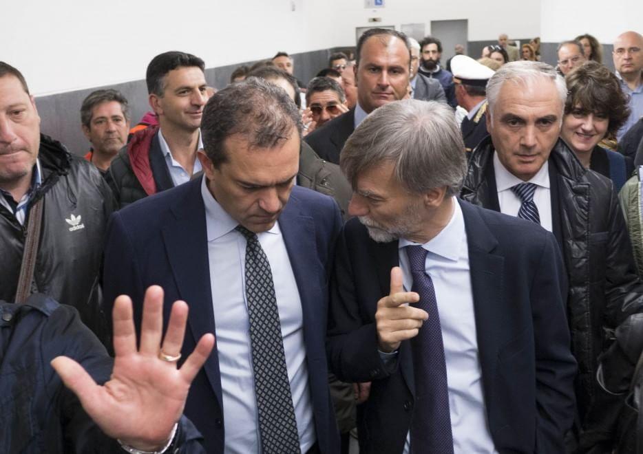 Napoli, l'omaggio a Falcone e Borsellino di Delrio e de Magistris
