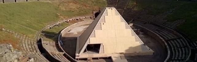 Pompei, Franceschini inaugura mostra  dei calchi nella Piramide  foto in esclusiva