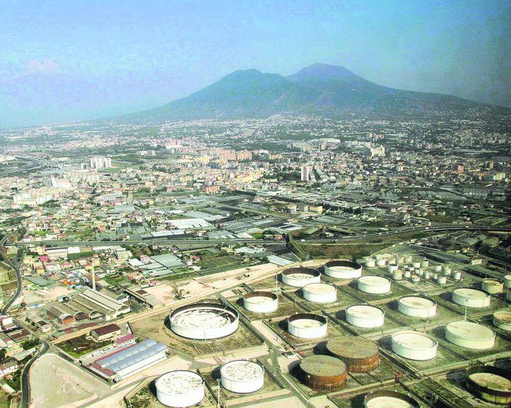 Incompiuta Napoli Est, la grande urbanizzazione ferma da 5 anni: aperto un cantiere su 8