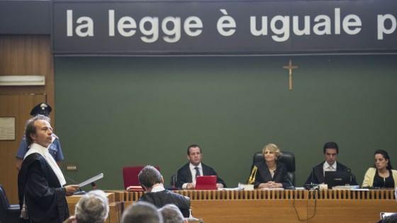 Compravendita senatori, Berlusconi e Lavitola condannati a tre anni
