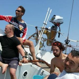 Davanti al mare, la felicità è una cosa semplice: un viaggio speciale da Fiumicino a Ischia