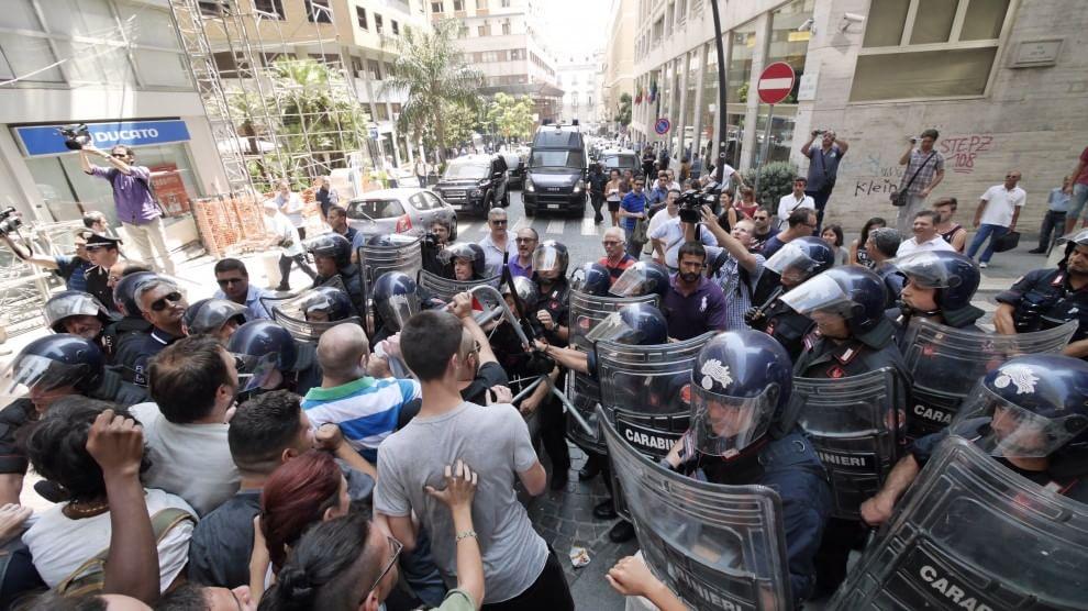 """Manifestazione contro la presentazione di """"Noi con Salvini Napoli"""""""
