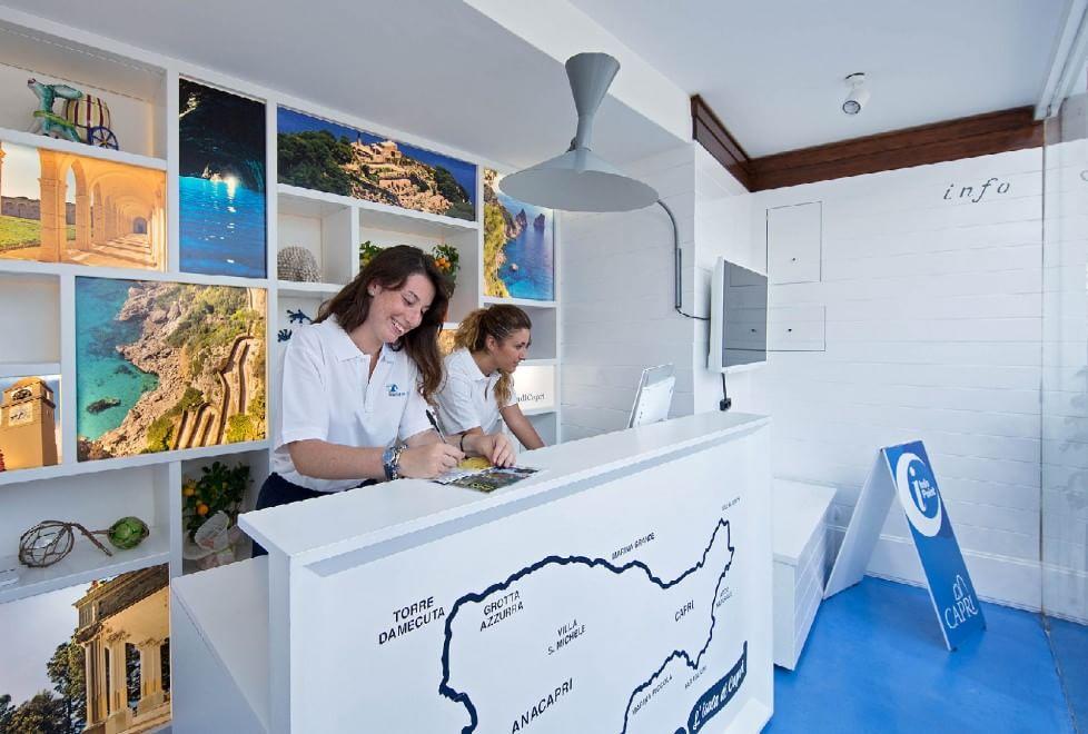 Capri, inaugurato il nuovo Infopoint - 1 di 1 - Napoli - Repubblica.it
