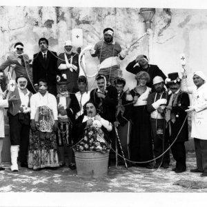 Tra fabbrica e palco: i quarant'anni di musica operaia dei Zezi