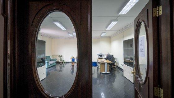 Ufficio Casa Giugliano In Campania Graduatoria 2015 : La sede dei vigili urbani nel palazzo di di lauro repubblica.it