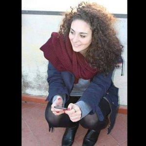 E' grave la studentessa italiana ferita nel rogo di Bucarest. L'ambasciata italiana segue il caso