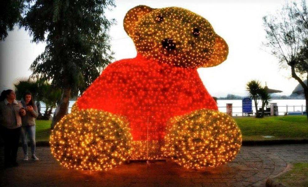 S'illumina a Bacoli il Villaggio di Natale