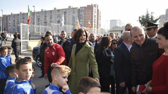 """Boldrini, la visita a Scampia: """"A gennaio a Montecitorio una seduta dedicata al Sud"""""""