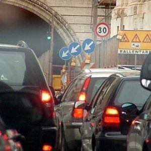 Napoli, allarme smog: sei giorni di stop al traffico