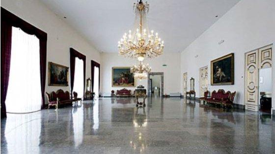Dopo Pompei, Renzi sceglie la Reggia di Caserta e apre le nuove sale degli Appartamenti reali
