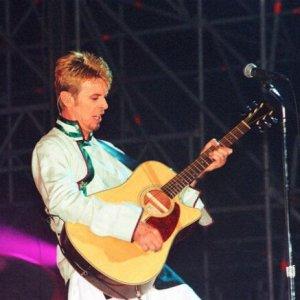 "Edoardo Bennato: ""La voce di Bowie illuminò Bagnoli"""