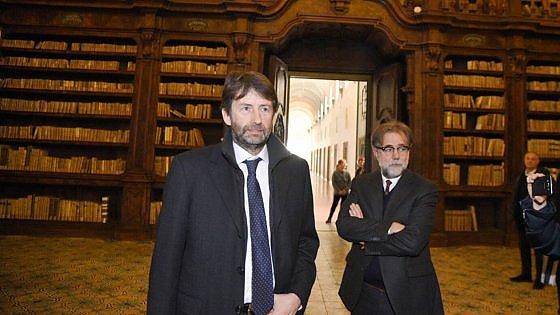 "Franceschini visita la Biblioteca dei Girolamini: ""Qui una storia di violenza inaudita"""