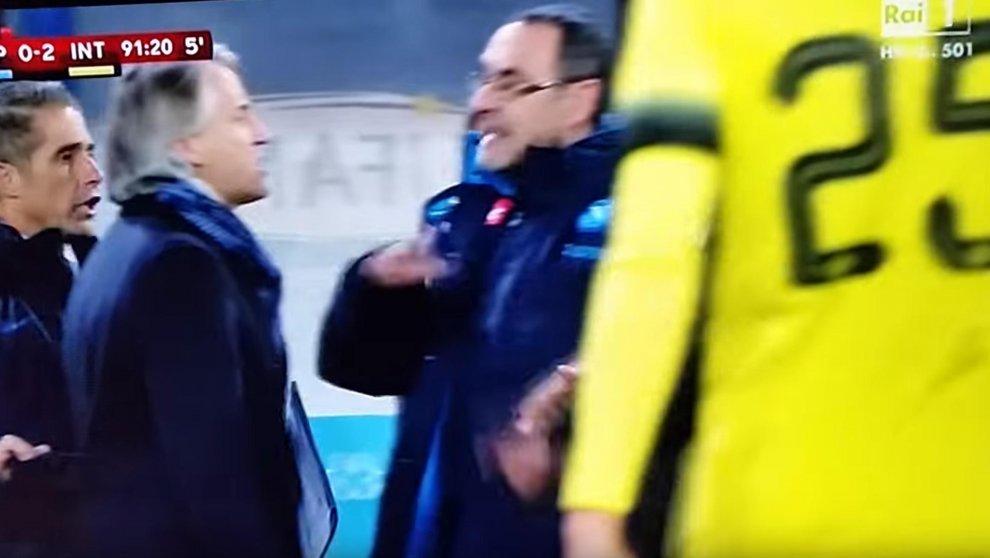 Sarri-Mancini lo scontro, gli insulti, le scuse