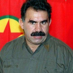De Magistris dà la cittadinanza onoraria a Öcalan