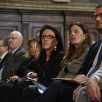 Cerimonia di apertura dell'anno giudiziario. Stretta di mano tra Valente e De Luca