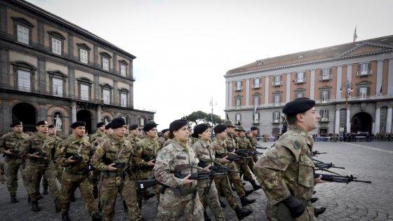 """Alfano: """"Da oggi 250 militari a Napoli contro la camorra"""""""