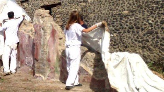 Pompei, ecco la perizia sulla Schola armaturarum: crollò perché il tetto non fu pulito