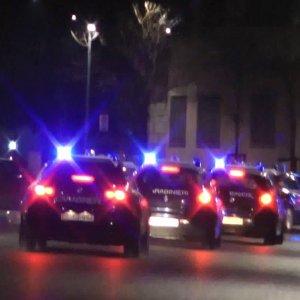 I carabinieri assediano il fortino del clan: preso il boss Ferrara mentre vede la partita del Napoli