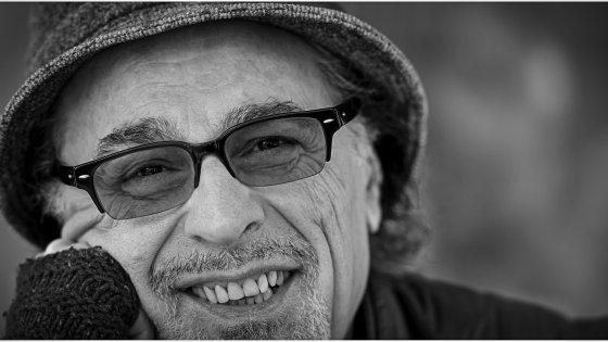 I volti di Napoli: Eduardo De Crescenzo, il cantante che incrocia fisarmonica soul e jazz