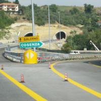 Renzi annuncia: il 22 dicembre inauguriamo la Salerno-Reggio Calabria