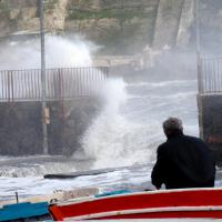 Bufera di vento, disagi e allagamenti a Ischia