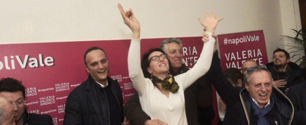 """Primarie a Napoli, la Valente batte Bassolino per 452 voti ed esulta: """"Ho vinto, la città guarda avanti"""""""