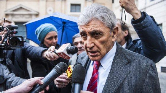 """Primarie Napoli, Bassolino: """"Ho fatto ricorso"""". Orfini e Guerini difendono il risultato. Valente: """"Agire con trasparenza"""""""