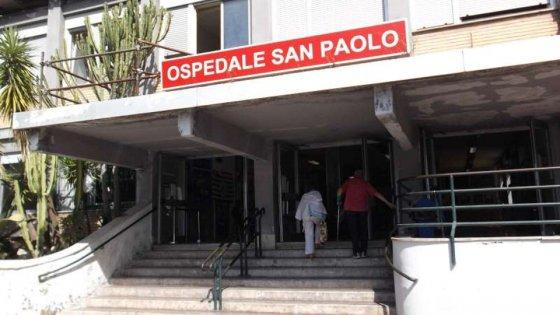 Non ci sono sale operatorie disponibili, una donna di 42 anni muore a Napoli