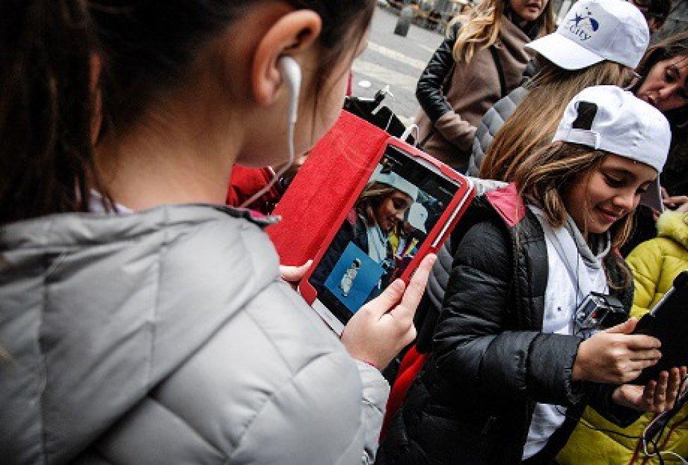 """""""My Fair City"""": Pulcinella si fa app e spiega le bellezze del centro antico ai bambini"""