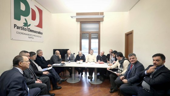 """Primarie Napoli:  bocciato il ricorso di Bassolino. Renzi: """"Solo chi sa perdere potrà imparare a vincere"""""""