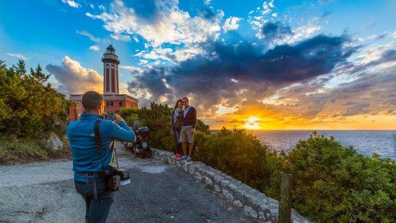 La lunga estate di Capri: 200 mila euro  per il turismo fuori stagione