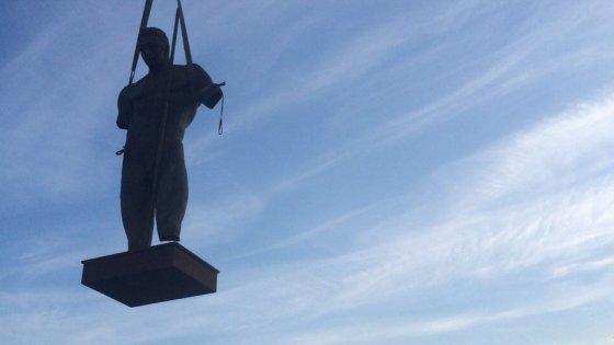 Le grandi statue di Igor Mitoraj fra i templi di Pompei
